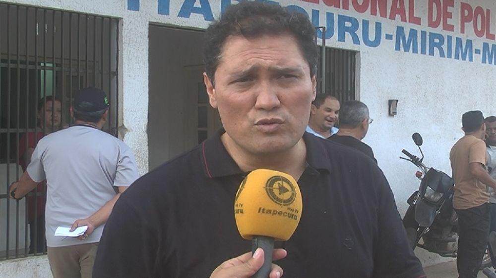 Delegado Samuel Morita em entrevista à Itapecuru Webtv antes de ouvir o assassino confesso