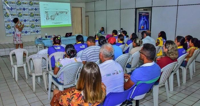 Agentes participando de capacitação na Sec de Saúde de Miranda do Norte. Foto: Ascom IFMA