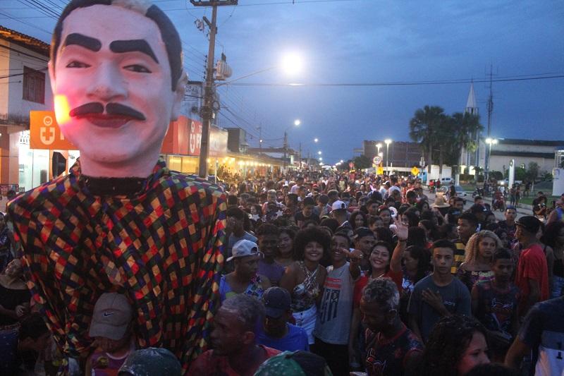 Arrastão dos Blocos, multidão na avenida Brasil. Foto: João Di Bragança