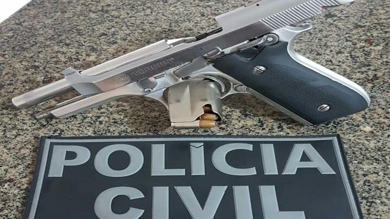 Pistola apreendida na operação. Foto: PM Itapecuru