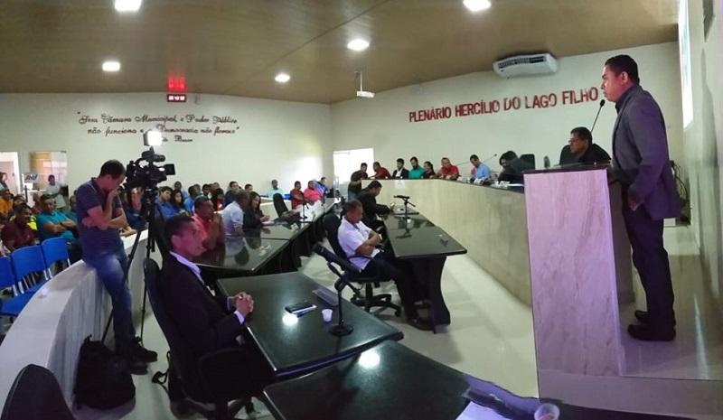 Sessão da Câmara de Vereadores em Itapecuru Mirim. Foto: Ascom