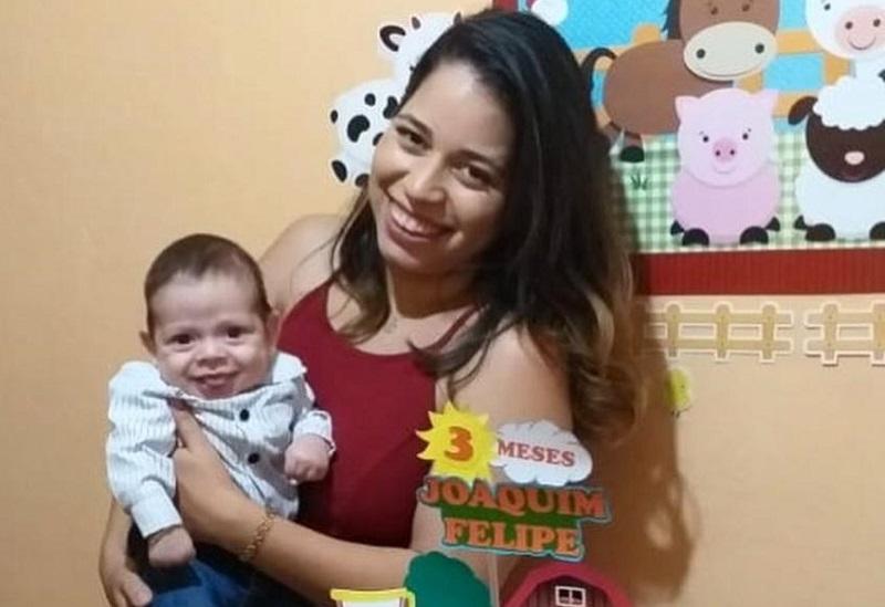 Layane Oliveira comemorando 3 meses do filho Joaquim
